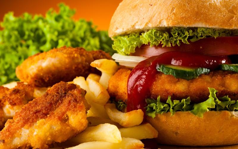 Можно ли ребенку жирную пищу