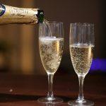 Шампанское - причина сильного похмелья