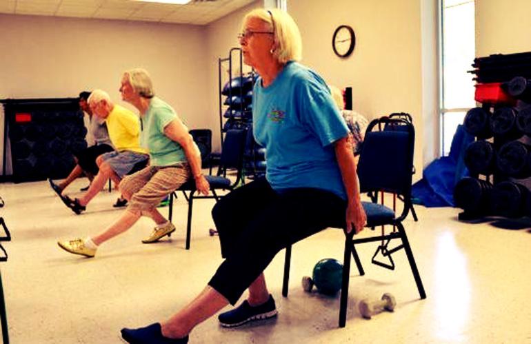 Упражнения для улучшения подвижности колена